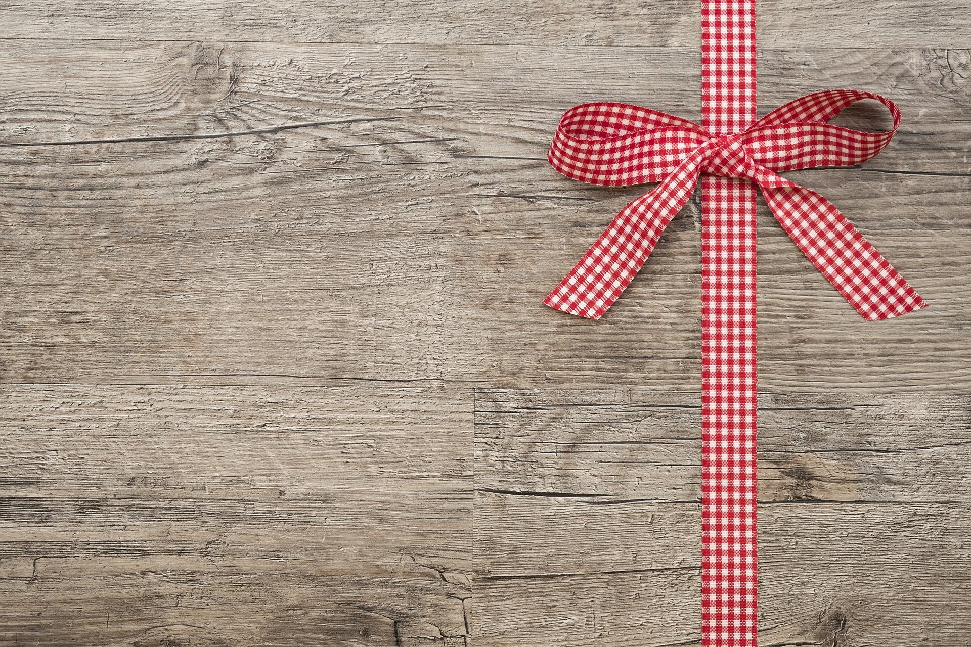 CHARISMA Service - liebevolle Geschenkverpackung