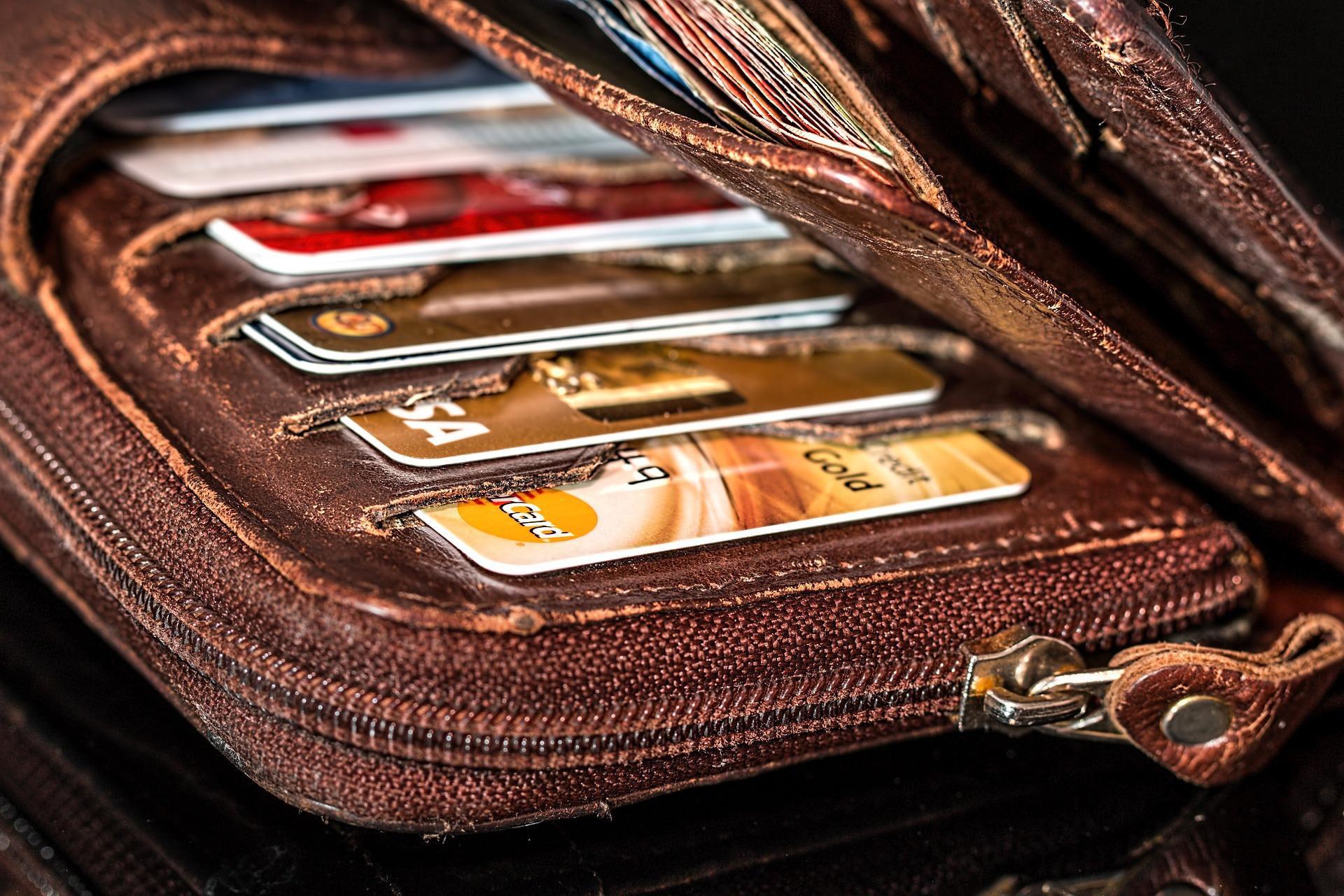CHARISMA Service - Zahlungsweise bar, auf Rechnung, EC- oder Kreditkarte